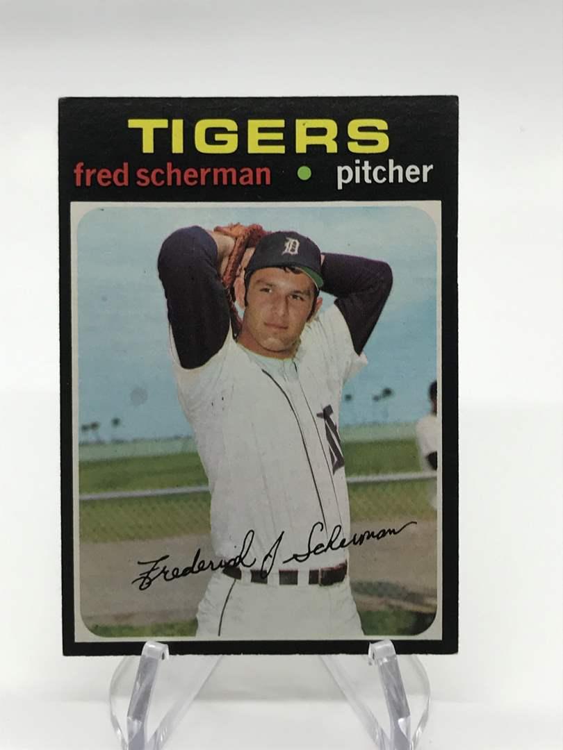 Lot # 319 1971 Topps FRED SCHERMAN (main image)