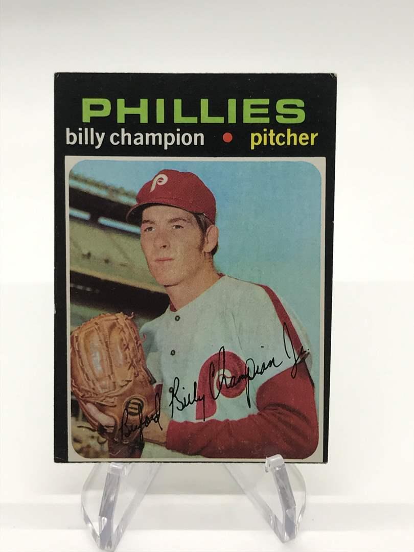 Lot # 320 1971 Topps BILLY CHAMPION (main image)