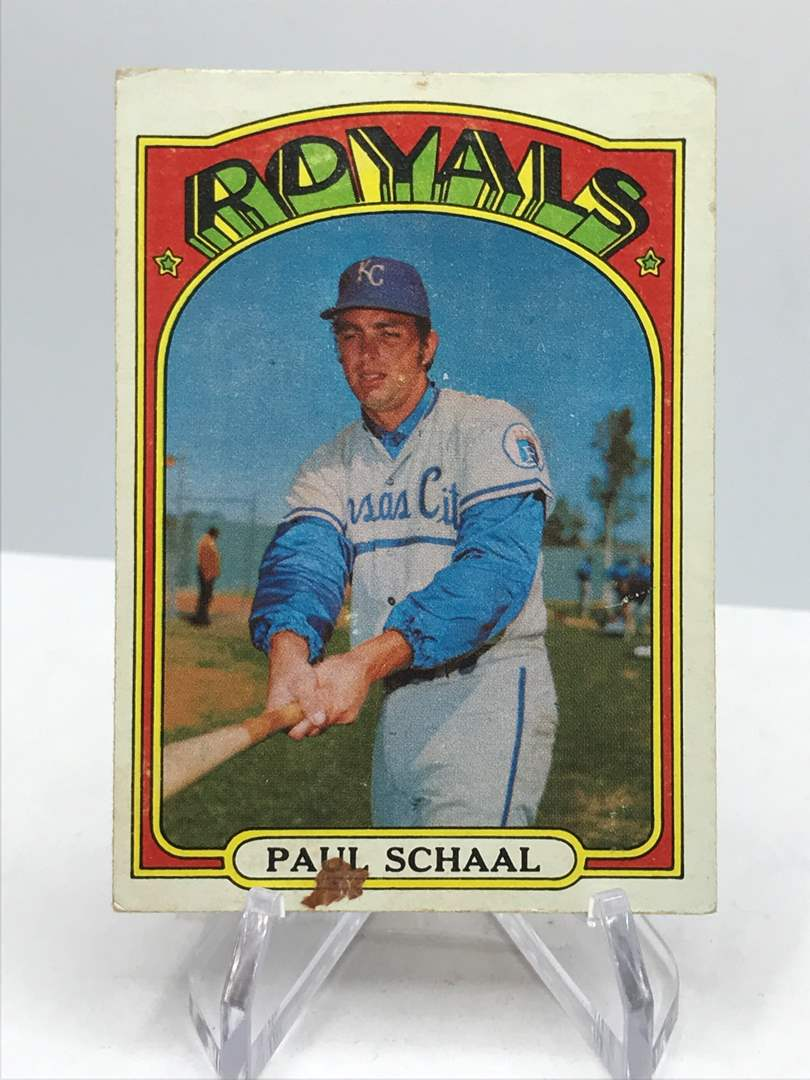 Lot # 345 1972 Topps PAUL SCHAAL (main image)
