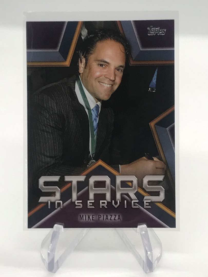Lot # 206 2021 Topps Stars in Service MIKE PIAZZA (main image)