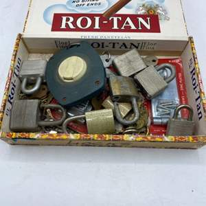 Lot # 21 Collectibles Lot - Locks, Stanley Measuring, etc