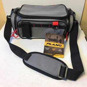 Lot # 57 Plano Tackle Case-Weekend Series