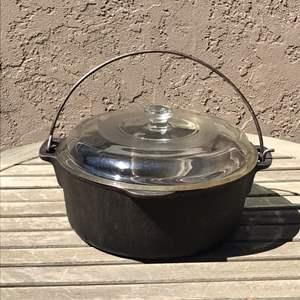 Lot # 78 Wagner 5qt Cast Iron Dutch Oven Pot