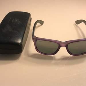 Lot # 81 Ray Ban Mens Justin Wayfarer Sunglasses-RB4165 6024/88