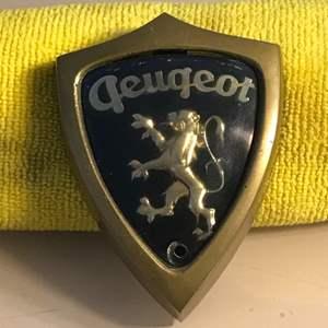 Lot # 83 Vintage Peugeot Grill Emblem