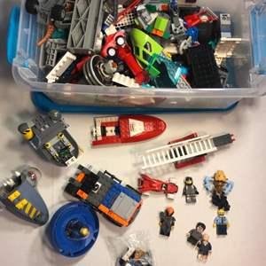 Lot # 88 Lego Lot