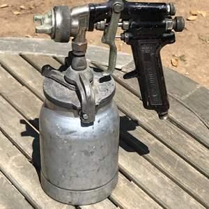Lot # 96 Binks Model 7 Paint Spray Gun w/ Sharp 450 Cup-Untested