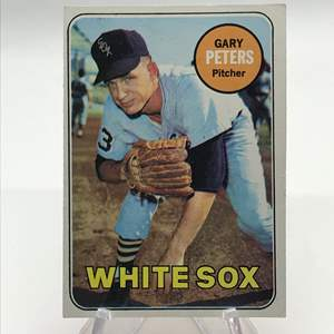 Lot # 262 1969 Topps GARY PETERS