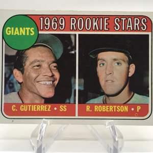 Lot # 291 1969 Topps Rookie Stars C. GUTIERREZ/R. ROBERTSON