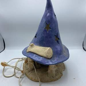 Lot # 1 Clay Wizard Lamp - Does not turn on