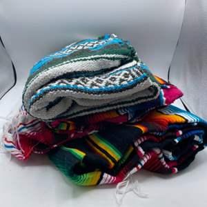 Lot # 40 Lot of Blankets