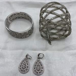 Lot # 107 Lot of Jewelry