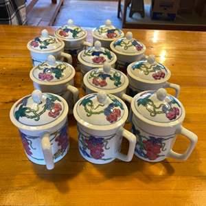 Lot # 7 Set of 11 Williams Sonoma Grape & Vines Design Mugs with Lids