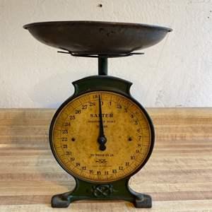 Lot # 30 Antique Salter Scale No 46