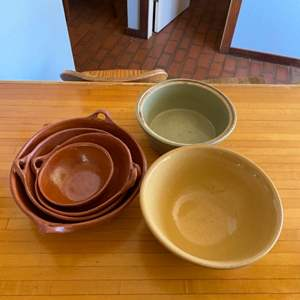 Lot # 160 Lot of Nesting Bowls and Misc Serving Bowls