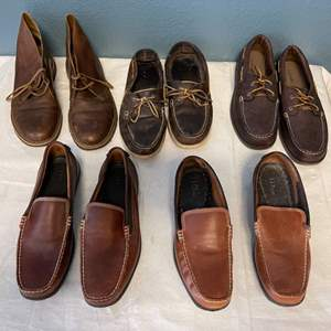 Lot # 29 Lot of Men's Shoes (Size 11) and Clothes