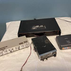 Lot # 91 Lot of Old Electronics