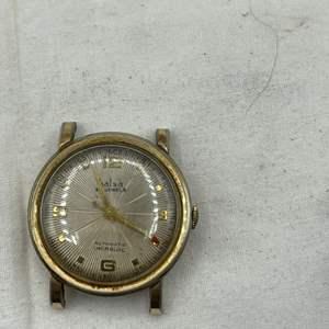 Lot # 117 Gold-Tone Halsa Watchface
