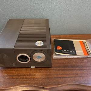 Lot # 139 Sawyer's 550R 2x2 Slide Projector - Not Working