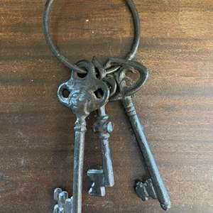 Lot # 147 Cast Iron Skeleton Keys