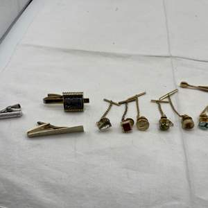 Lot # 181 Lot of Tie Pins and Bars