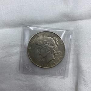 Lot # 198 1922 Type 2 Peace Dollar