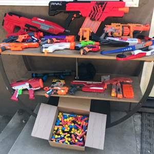 Lot # 54 HUGE Nerf Gun & Ammo Lot