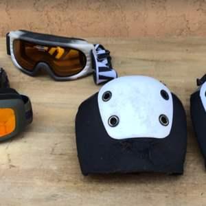Lot # 96 Ski Goggles & Knee Pad Lot