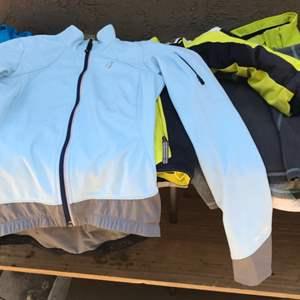 Lot # 98 Ski Jacket Lot w/The North Face/Spyder/Marmot-Kids