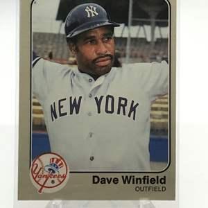 Lot # 165 1983 Fleer DAVE WINFIELD
