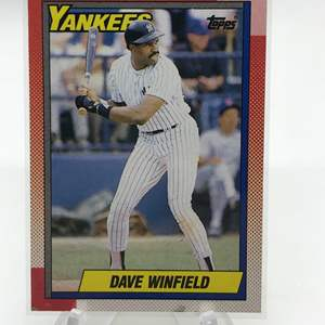 Lot # 192 1990 Topps DAVE WINFIELD