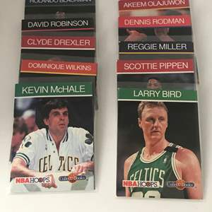 Lot # 237 1990 Basketball Collect A Books Lot