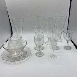 Lot # 56 Lot of Glasses with Nature Theme