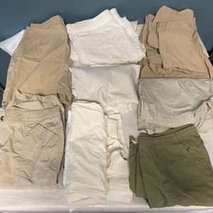 Lot # 114 Lot of Women's Khaki, Cargo, Cotton Shorts and Crops Size L-XL