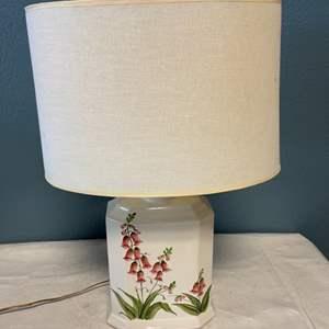 Lot # 45 Floral Lamp