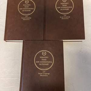 Lot # 134 Lot of Webster's Third New International Dictionary Books