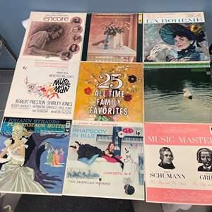 Lot # 195 Lot of Vinyls