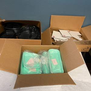 Lot # 209 Artist Supplies in Bulk - Paint Containers and Frame Corners