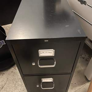 Lot # 231 HON 2 Drawer Metal File Cabinet