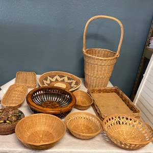 Lot # 240 Lot of Whicker Baskets