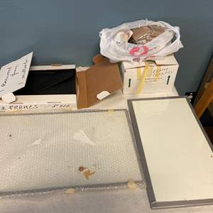 Lot # 250 Picture Frames & Corners