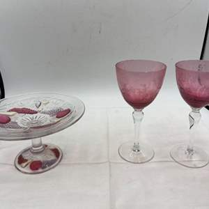 Lot # 263 Pair of Decorative Red Glasses and Serving Tray