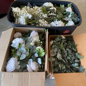 Lot # 28 Lot of Artificial Flowers