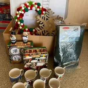Lot # 46 Lot of Christmas Decor and Christmas Cups and Plates