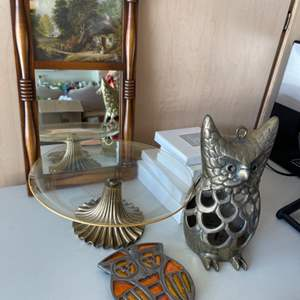 Lot # 47 Lot of Mid-Century Decor and Avon Fine Collectible Plates