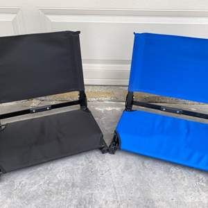 Lot # 93 Two Foldable Beach Chairs - Black and Blue