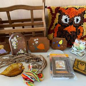 Lot # 97 Owls, Small Paintings on Wood, etc