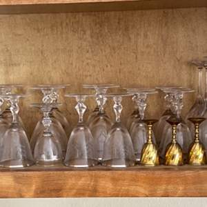 Lot # 119 Wine Glass Set - Goldtone and Silvertone Accents