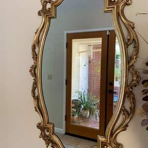 Lot # 143 Decorative Oval Mirror