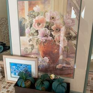 Lot # 252 Home Decor - Two Framed Prints, Fake Potted Plants, Bird